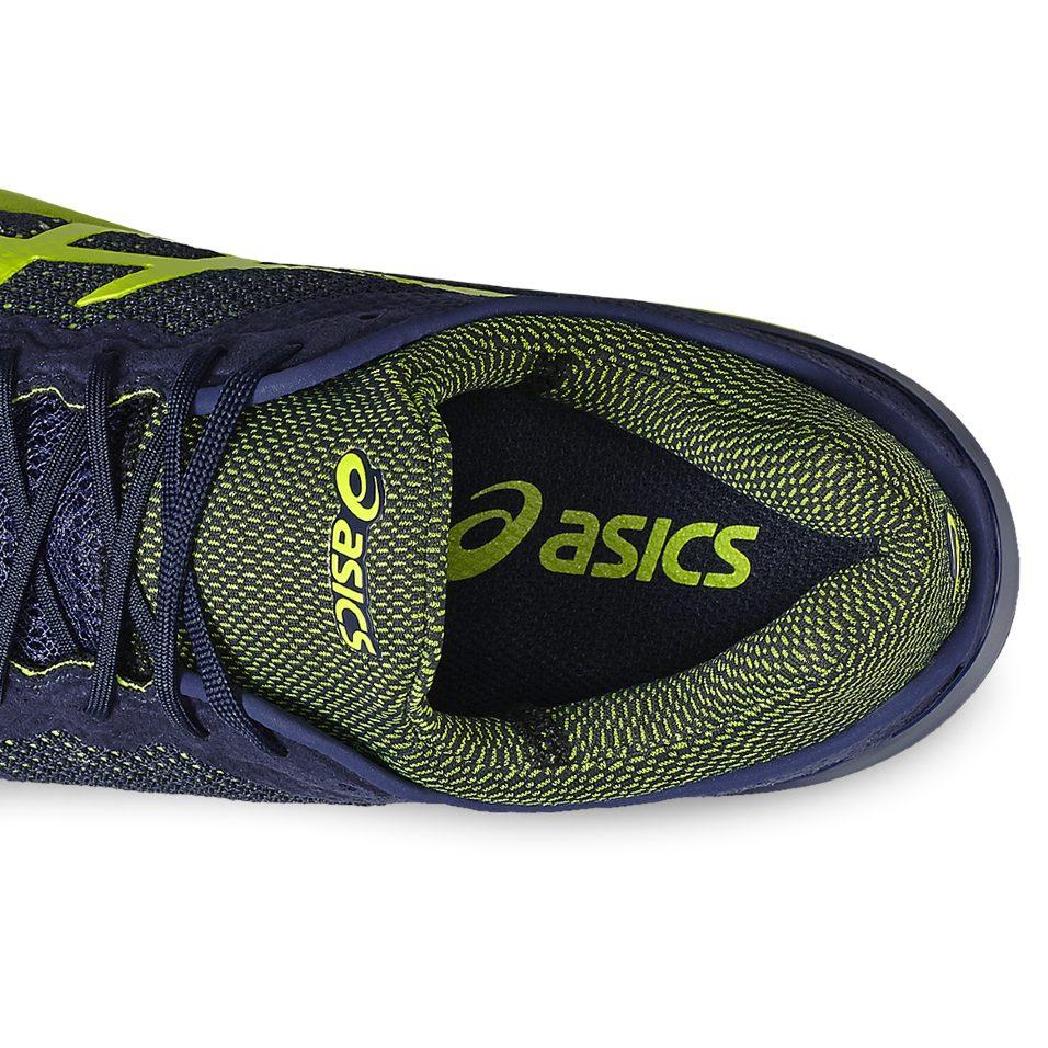 Keine Reibung: Optimale Passform dank Mono-Sock-Fit Konstruktion und fester Schnürung.